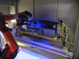 Autoguida robot montaggio plancia
