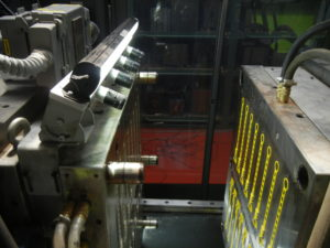controllo qualità stampaggio